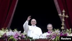 Papa Franjo u Vatikanu, 5. april 2015. (REUTERS/Alessandro Bianchi)