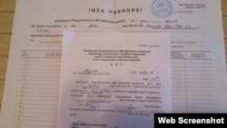 İlqar Məmmədovun imza vərəqləri (Foto REAL Hərəkatının facebook səhifəsindən götürülüb)