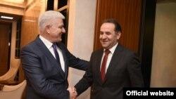 Predsjednik crnogorske vlade Duško Marković i potpredsjednik Vlade Srbije Rasim Ljajić tokom susreta u Podgorici (gov.me)