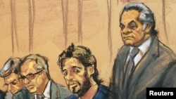 Rıza Sarraf (sağdan ikinci) önceki davasında avukatı Benjamin Brafman'la (sağda)