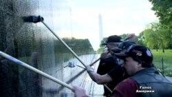 Байкери шефствують над військовим меморіалом