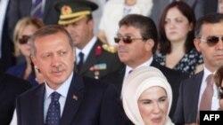Թուրքիայի վարչապետ Ռեջեփ Թայիփ Էրդողանը` տիկնոջ հետ (արխիվային լուսանկար)