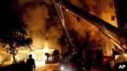 화재가 발생한 수도 다카의 외곽에 있는 타즈린 의류공장 현장