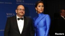 جیسون رضائیان و همسرش در یک مراسم در واشنگتن، بعد از اینکه این روزنامه نگار از زندان در ایران آزاد شد.