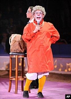 专业小丑巴里·鲁滨给有特殊需要的孩子带来欢笑