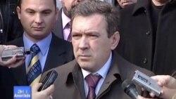 Kosovë: Rrugët në veri ende të bllokuara