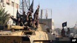 Militan Islam dari Kelompok Negara Islam Irak dan Suriah atau ISIS (foto: dok).
