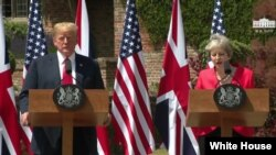 نشست خبری مشترک دونالد ترامپ رئیس جمهوری آمریکا و ترزا می نخست وزیر بریتانیا در باکینگهام شایر - ۲۲ تیر ۱۳۹۷