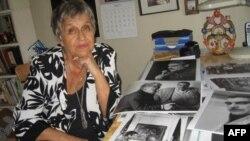 Нина Аловерт в своей квартире в Джерси-Сити