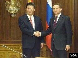 習近平3年前(2013年3月)在俄羅斯國家杜馬會晤議長納雷甚金。