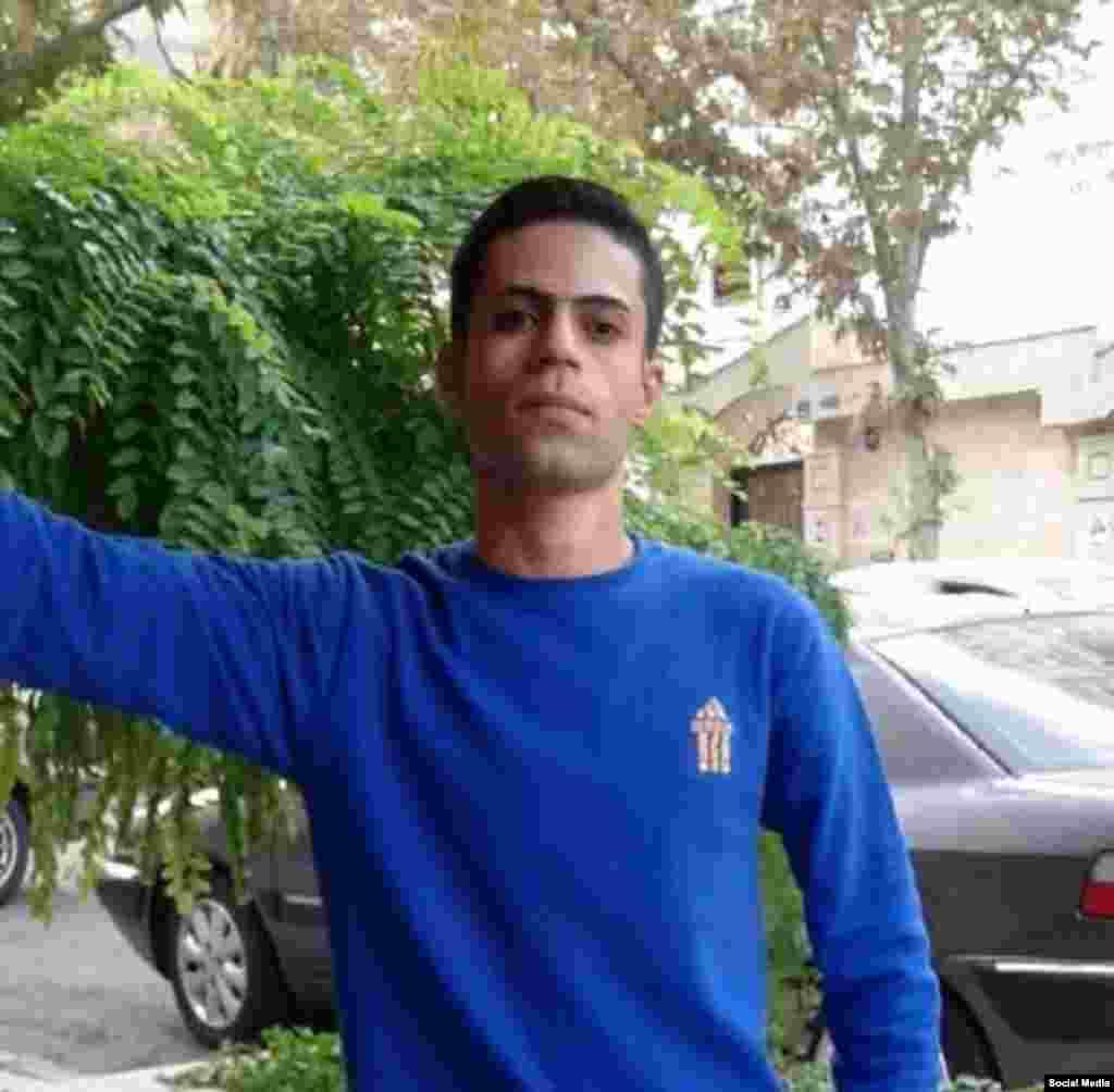 سارو قهرمانی در اعتراضات دی ۹۶ در سنندج بازداشت شد و در بازداشتگاه جان باخت. اداره اطلاعات دولت، بعد از یازده روز جنازه او را به خانواده اش تحویل داد.