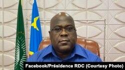 Président Félix Tshisekedi azali kosala malako mpo na coronavirus, Kinshasa, 18 mars 2020. (Facebook/Présidence RDC)