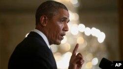 El presidente Barack Obama dijo que extender los beneficios por desempleo mejorará las posibilidades de los desempleados de volver a la fuerza laboral.