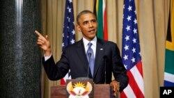 Tổng thống Hoa Kỳ Barack Obama phát biểu tại cuộc họp báo tại Pretoria, Nam Phi, ngày 29/6/2013.