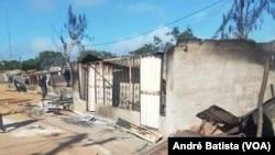 Barracas destruídas em Quissanga