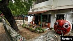 Ish-apartamenti i gjyshërve nga nëna të Senatores Kamala Harris, në Indi.