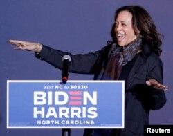 Kamala Harris em campanha a 1 de novembro 2020