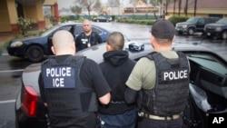 Las operaciones del Servicio de Control de Inmigración y Aduanas de Estados Unidos (ICE) estarán enfocadas en inmigrantes ilegales peligrosos.
