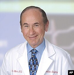 Pioneering heart surgeon Albert Starr