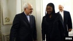 سفر والری آموس معاون دبیر کل سازمان ملل در امور بشردوستانه و کمکهای اضطراری به تهران و دیدار با مقام های ایران - شهریور ۱۳۹۲