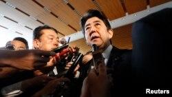 12일 일본 도쿄에서 아베 신조 총리가 북한 핵실험에 대한 입장을 밝히고 있다. 일본 내각은 북한 핵실험 직후 국가안보회의를 열고 대응 방안을 논의했다.