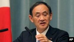 یوشیهیدی سوگا سخنگوی دولت ژاپن - آرشیو