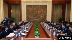 美國海軍作戰部長理查森上將一行2019年1月14日與中方會談(美國海軍)