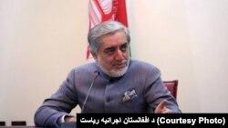 ښاغلي عبدالله وایي متاسفانه په افغانستان باندې په تپل شوې جگړې کې د ملکي وګړو مرګ ژوبله لوړه شوې ده.