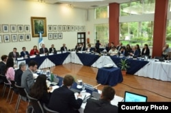 Representatives of the Government of Guatemala and the Department of National Security of the United States of America meet to address issues of security and migratory protection. (Photo courtesy of Guatemala's Ministry of Foreign Affairs)