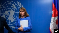 U.N. Special Rapporteur on Human Rights in Cambodia Rhona Smith attends a press conference at her office in Phnom Penh, Cambodia, Thursday, May 9, 2019. Smith is on her last two weeks mission to Cambodia. (AP Photo/Heng Sinith)
