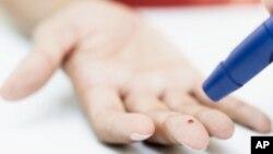 La diabetes es la principal causa de insuficiencia renal, amputaciones no traumáticas de las extremidades inferiores y casos nuevos de ceguera en adultos en los Estados Unidos.