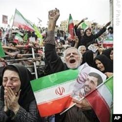 上次选举中伊朗人纷纷上街