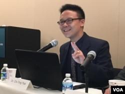 台湾大学政治学助理教授蔡季廷 (美国之音钟辰芳拍摄)