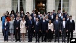 حضور برابر جنسیتی، پیام کابینه اولاند