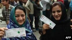 ٹی ٹوئنٹی سیریز کے لیے ٹکٹوں کی قیمت 500 روپے سے لے کر چار ہزار روپے تک مقرر کی گئی ہے۔ (فائل فوٹو)