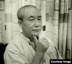Nhà văn Nguyễn Quang Lập.
