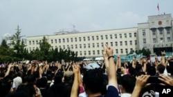 大連民眾抗議。