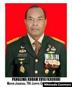 Pangdam XVIII/Kasuari, Mayjen TNI Joppye Onesimus Wayangkau. (Foto: wikipedia)