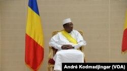 Idriss Deby Itno (VOA/André Kodmadjingar)