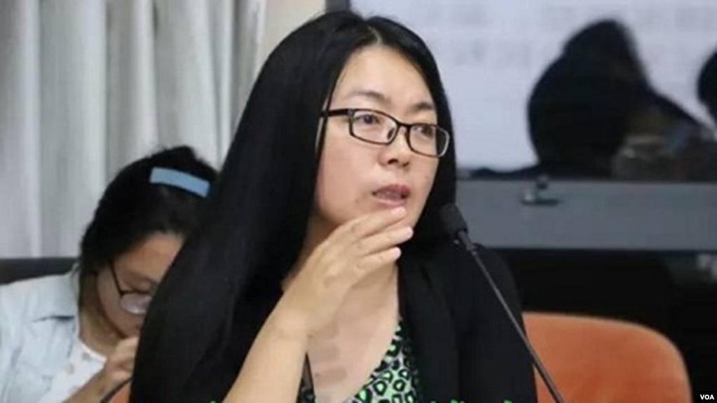 陕西都市报华商报的原首�记者、评论部主任江雪。(维权网图片)