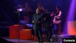 Gilberto Santa Rosa en concierto en el Teatro Howard el domingo 25 de agosto.