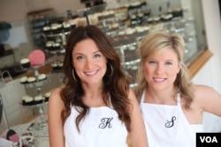 Katherine Kalinis dan Sophie Kalinis Lamontagne memulai usaha mereka di tahun 2007.