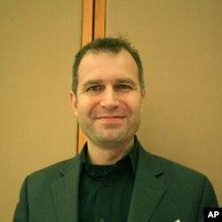 美密苏里州一家生命科学技术公司的总裁托马斯·侯德