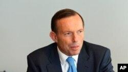 PM baru Australia Tony Abbott menetapkan prioirtas bagi pemerintahan baru Australia dalam rapat kerja dengan para pejabat senior di Sydney, Minggu (8/9).