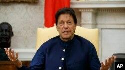 پاکستان کے وزیر اعظم عمران خان۔(فائل فوٹو)