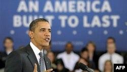Президент Барак Обама з'ясовує свої бюджеті пріоритети на 2013 рік.