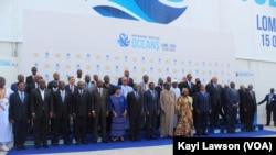 Le sommet extraordinaire de l'Union africaine sur la sûreté et la sécurité maritimes et le développement en Afrique, à Lomé, Togo, le 15 octobre 2016. (VOA/Kayi Lawson)
