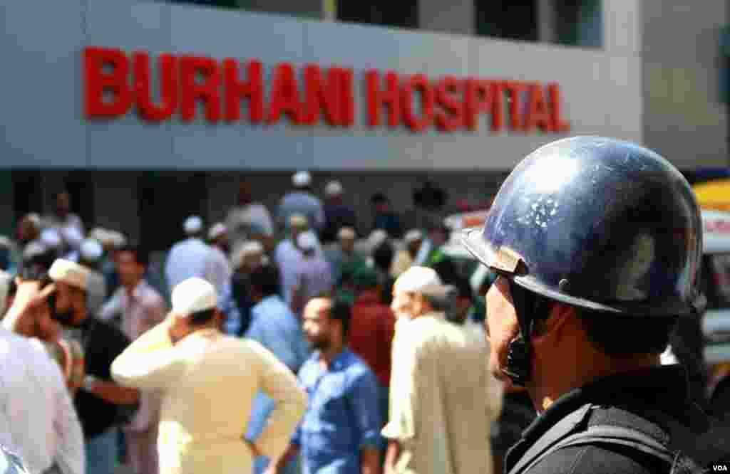 مسجد کے قریب ہی واقع برہانی اسپتال جہاں زخمیوں کو فوری طبی امداد دی گئی