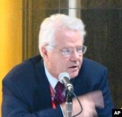 大衛蘭普登 約翰霍普金斯大學國際關係研究所中國問題部門主任