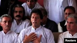 حزب مخالف کے رہنما عمران خان (فائل فوٹو)
